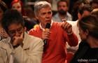 Zé Mayer responde perguntas dos jornalistas (Foto: Pedro Curi/TV Globo)