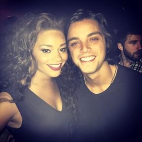 Juliana Alves e Rodrigo Simas em festa de Hugo Gloss na Zona Sul do Rio (Foto: Instagram/ Reprodução)