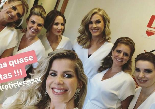 Madrinhas reunidas para casamento de Ticiane Pinheiro e Tralli (Foto: Instagram/Reprodução)