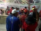 Integrantes do MST ocupam Ministério da Agricultura na Paraíba
