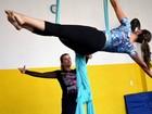 Oficinas de circo são oferecidas em troca de 1 kg de alimento em Manaus