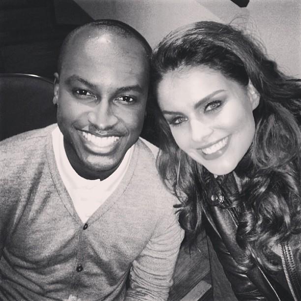 Thiaguinho com Paloma Bernardi gravam clipe (Foto: Reprodução/Instagram)