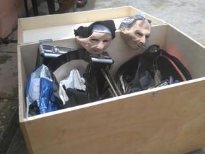 Material apreendido pela Polícia Civil estava em posse dos suspeitos, em Teresina (Foto: Polícia Civil/ Divulgação)