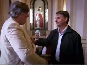Stephen Fry e Jair Bolsonaro - encontro nada agradável para o cineasta inglês  (Foto: Reprodução BBC)