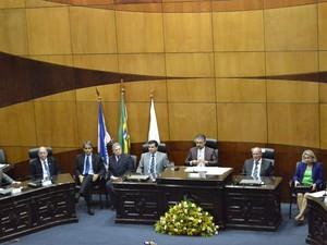 Cerimônia de diplomação foi conduzida pelo presidente do TRE no Espírito Santo (Foto: Viviane Machado/ G1)