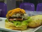 Cozinheira do ES ensina receita de hambúrguer caseiro