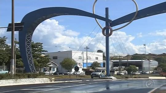 Justiça determina retirada de portais da entrada de Pompeia após cinco anos