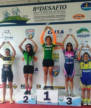 Aline de Souza LIma, ciclista do Acre (Foto: Aline Souza/Arquivo Pessoal)