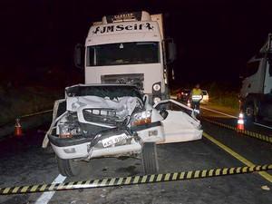 Engaventamento em Poções foi provocado por congestionamento de outro acidente (Foto: Portal Poções)