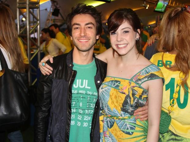 Rodrigo Pandolfo e Bia Arantes em festa no Rio (Foto: Magrão Fotógráfo/ Divulgação)