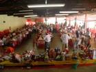 Presentes da campanha 'Abrace um Idoso' serão entregues em Uberaba