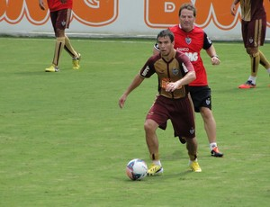 Leandro Donizete atletico-mg (Foto: Leonardo Simonini)