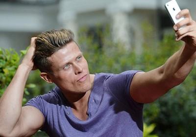 Matt Dunford - o homem que se acha mais bonito que Brad Pitt (Foto: Ben Stevens/Barcrott Media/Reprodução Daily Mail)