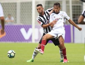 Gustavo Scarpa e Rafael Carioca Atlético-MG x Fluminense (Foto: Daniel Teobaldo/Futura Press)