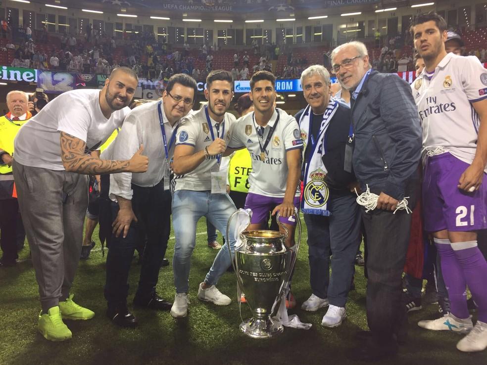 Horacio Gaggioli (ao lado de Morata) é empresário de Asensio, do Real Madrid (Foto: Arquivo pessoal / Horacio Gaggioli)