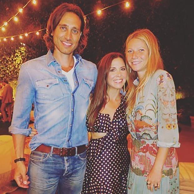 Gwyneth Paltrow com o namorado, Brad Falchuk, e a amiga Monique Lhuillier (Foto: reprodução/instagram)