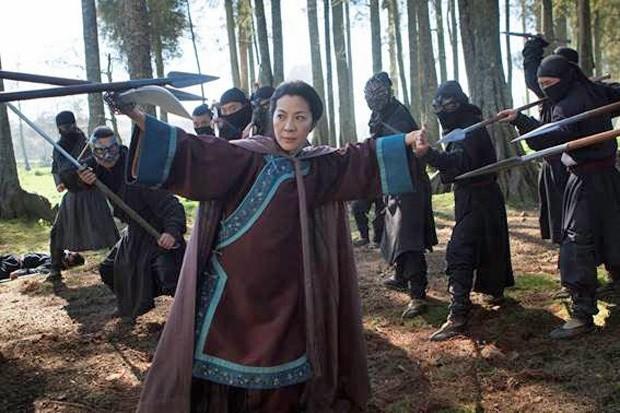 Michelle Yeoh estrela 'O tigre e o dragão: A lenda verde', da Netflix (Foto: Divulgação/Rico Torres)