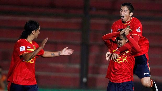 braulio leal union espanhola x bolivar (Foto: Reuters)