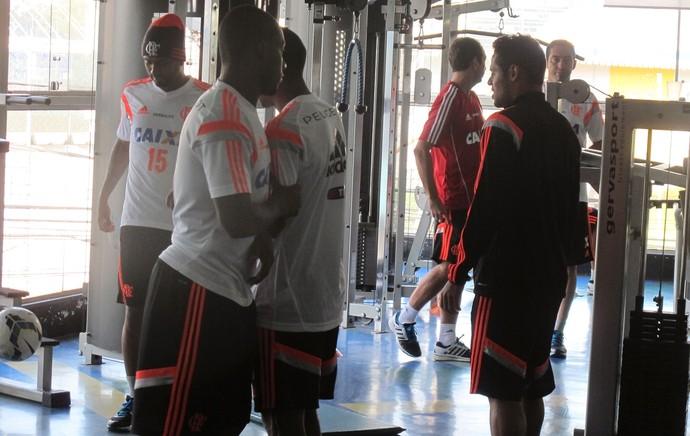 Treino Flamengo Academia São Paulo (Foto: Thales Soares)