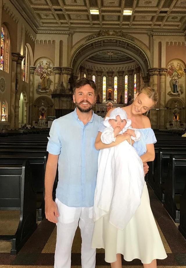 Fabio Bartelt, Carol Trentini e Benoah (Foto: Reprodução)