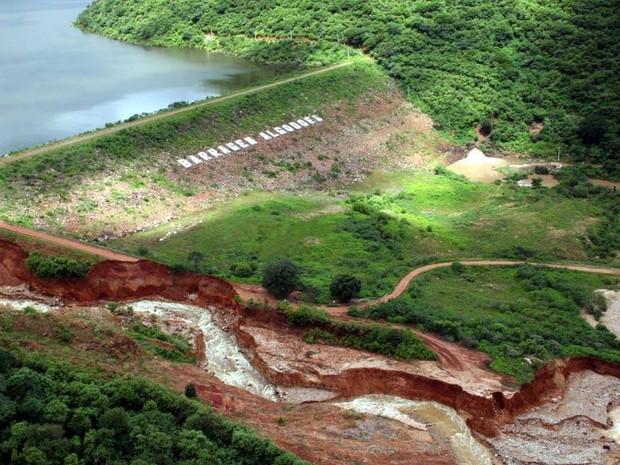 Barragem Algodões rompeu no dia 27 de maio de 2009 matando nove pessoas (Foto: Francisco Gilásio)