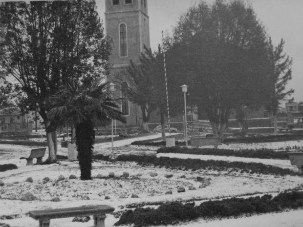 Neve em Guarapuava na década de 60 (Foto: Onofre R. Santos / Arquivo Estúdio Cipriano)