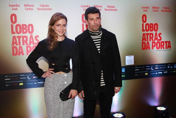 Leandra Leal e Milhem Cortaz na pré-estreia do filme O Lobo Atrás da Porta (Foto: Cláudio Augusto/Photo Rio News)