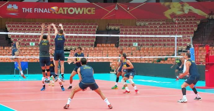 Brasil treina em Katowice para estreia no Mundial contra a Alemanha (Foto: Divulgação/CBV)