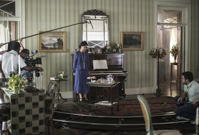 Lavínia nos bastidores no Palacete Modesto Leal (Foto: Inácio Moraes/Gshow)