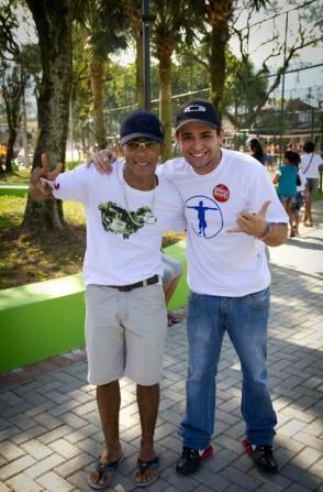 (À esquerda) Carlos morto após atropelamento de trem (Foto: Arquivo Pessoal/ Lucielma de Souza Gomes)