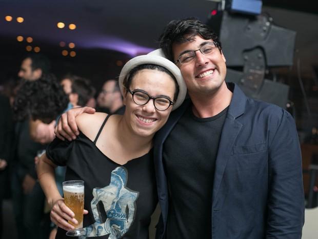 Maria Gadu e Bruno de Lucca em festa de pré-estreia de filme em boate no Rio (Foto: Marcos Samerson / Agência We Love Photo!)
