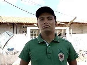 O estudante Cleberson Paiva está preocupado com a situação. (Foto: Reprodução/TV Liberal)
