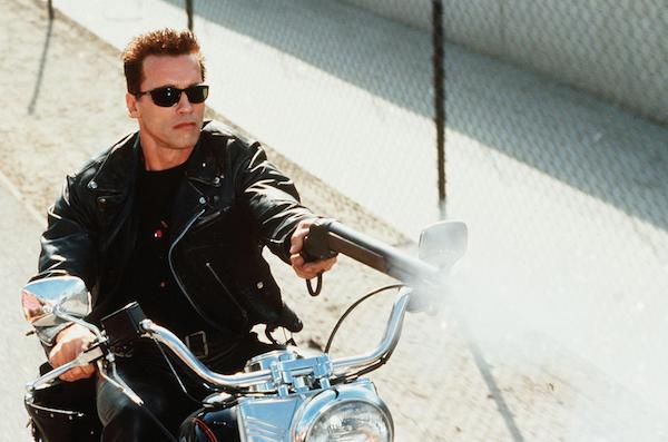 Arnold Schwarzenegger no papel do protagonista da série O Exterminador do Futuro (Foto: Reprodução)