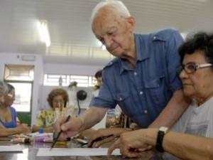 As vagas são destinadas a pessoas com idade a partir de 55 anos (Foto: Foto: Divulgação/Semcom)