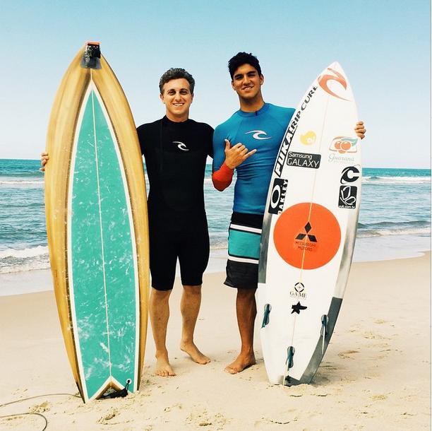 Luciano Huck e Gabriel Medina (Foto: Reprodução/Instagram)