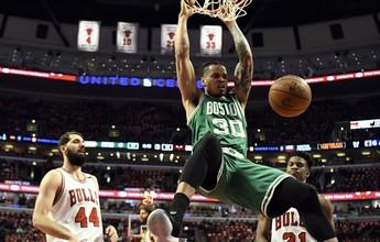 Celtics massacram e confirmam virada para fechar a série contra os Bulls