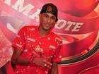 Neymar curte o carnaval de camarote da Sapucaí