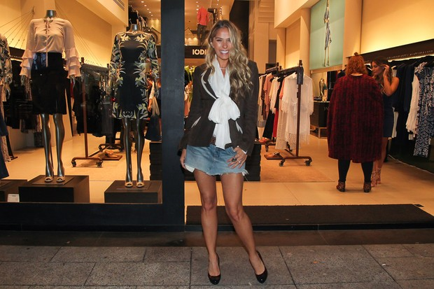 Adriane Galisteu no lançamento da flagship (Foto: Manuela Scarpa/ Brazil News)