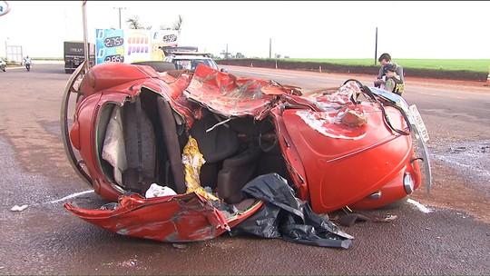 Cinco pessoas morrem em três acidentes em rodovias do oeste do PR