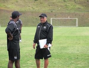 Vagner Benazzi em treino do Bragantino (Foto: Arthur Costa/ Globoesporte.com)