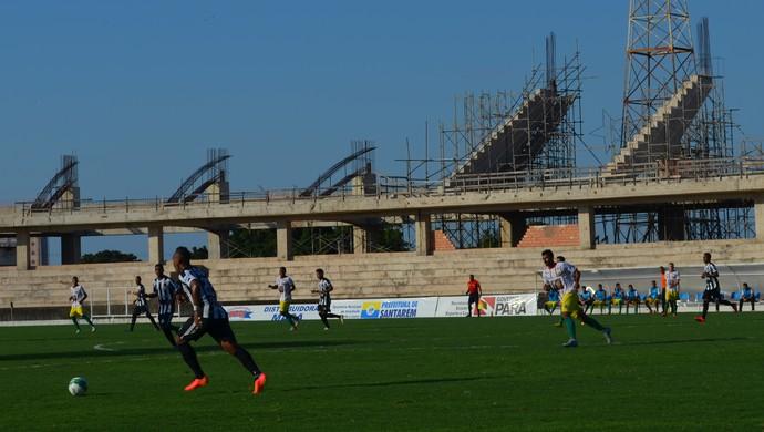 O São Raimundo levou mais perigo ao gol do Juazeirense na primeira etapa da partida (Foto: São Raimundo e Juazeirense; Série D; Santarém; Pará)
