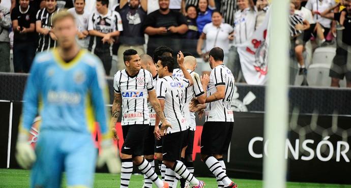 Gol Corinthians Amistoso Corinthians x Corinthian-Casuals (Foto: Marcos Ribolli)