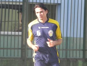 Ronaldo Angelim treino Barueri (Foto: Vagner Lima / Divulgação)