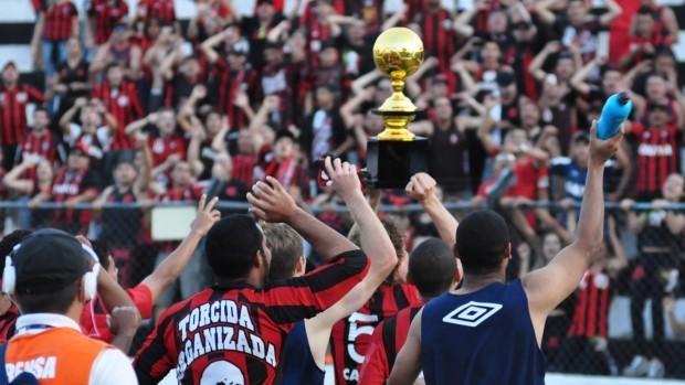Atlético-PR é campeão do returno do Campeonato Paranaense (Foto: Site oficial do Atlético-PR/Divulgação)