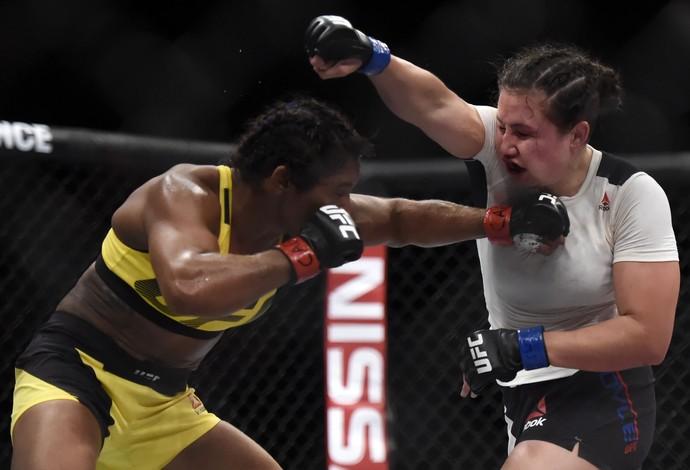 Viviane Sucuri Jamie Moyle UFC 212 (Foto: André Durão)