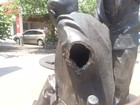 Estátua de Noel Rosa aguarda reparo da Prefeitura do Rio há 3 meses