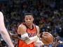 Westbrook fica a um triplo-duplo de igualar recorde, mas Hornets vencem