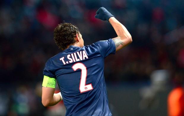 Thiago Silva Comemora gol do PSG contra o Porto (Foto: Agência AFP)