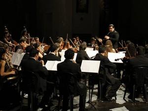 Orquestra Jovem da Fundação Carlos Gomes é formada por mais de 60 músicos. (Foto: Cristino Martins/Ag. Pará)
