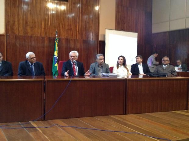Pesquisa apontando o perfil do usuário e traficante de drogas foi apresentado no TJ (Foto: Gilcilene Araújo/G1)